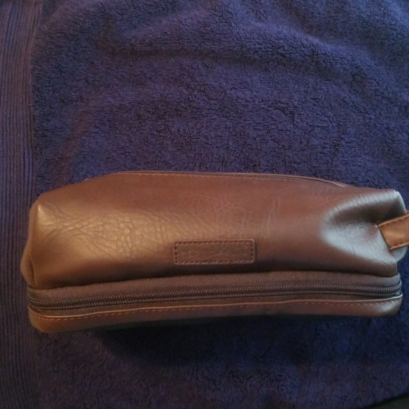 Perry Ellis Other - Duff bag